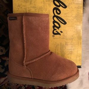 Cabela's Youth Suede Boots NEW IN BOX